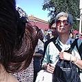 杭州市冤民杜黔佼到天安門撒傳單。(訪民提供)