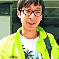 梁同學(醫學院): 「校長最好係香港人,但係外國人可能有新衝擊。唔可以單單話佢係外國人就妄下判斷、直接插佢,應該畀機會。」