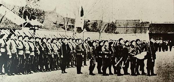 孕育革命力量的湖北新軍在操練時情況。(國父紀念館/國民黨文傳會)