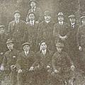 1911年國父在加拿大溫哥華士丹利公園與同盟會同志及洪門致公堂職員合影 。(鍾元翻攝/大紀元)