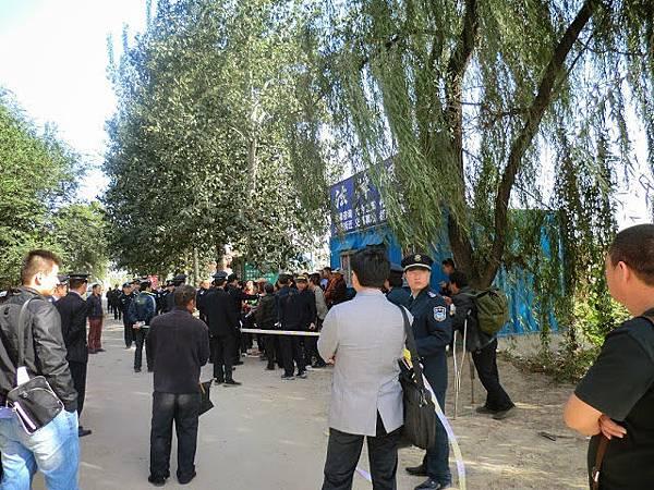 為美國捐款被扣罪 民眾北京高喊打倒共產黨