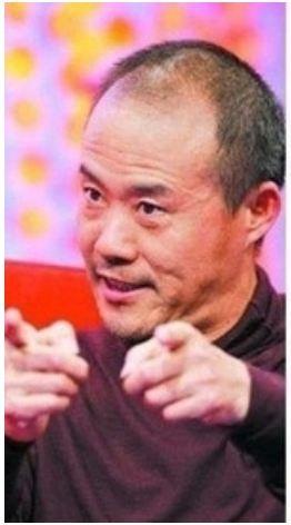 萬科董事長王石日前接受大陸媒體採訪時表示,重慶「打黑」真相曾讓他出了一身冷汗,「如果薄不出事,企業家能躲得過他嗎?」(網絡圖片)