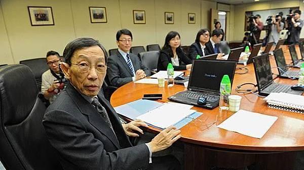 通訊事務管理局委員黃應士對發牌結果「冇乜點睇」,又指局方提出建議後責任已完結。資料圖片