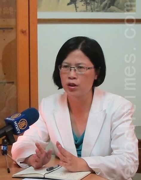 台灣法輪功人權律師團發言人朱婉琪。(鍾元/大紀元)