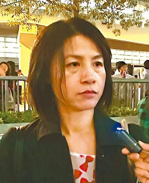 黎小姐:我哋要守住最後一道防線,家唔係睇電視咁簡單。政府黑箱作業,無公義。