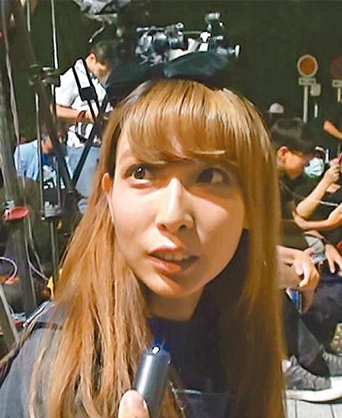 學生郭小姐:行政會議同政府要道歉,香港要有公義,唔可以俾「一男子」梁振英主宰決定。