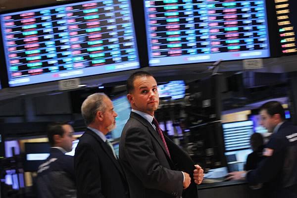 共產黨三中全會沒有展示改革金融領域和國營企業的決心,令投資者失望。週三中國股票劇跌,達到七週來最大幅度。全球股市包括歐洲,美國,日本,韓國,澳大利亞等國都隨之下挫。(Getty Image)