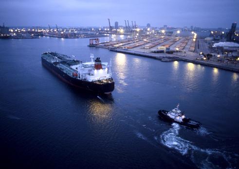 美2015年將成世界最大石油生產國 世界能源格局巨變 美國華麗轉身 全球地緣政治巨變 對中共衝擊極大