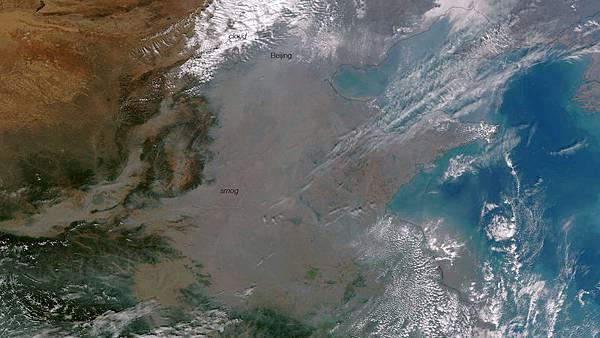 美國海洋大氣總署發佈了10月22日衛星拍攝的中國地區的太空照片。(NASA/NOAA)