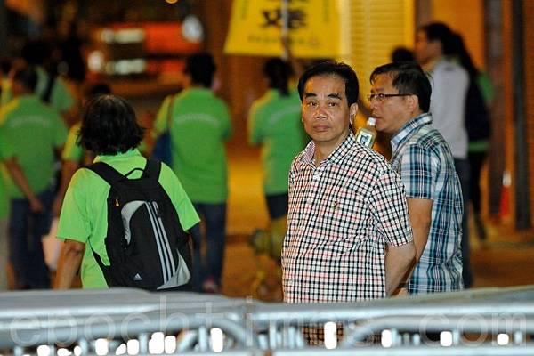 廢物頭目燕京啤酒香港公司總經理洪偉成。