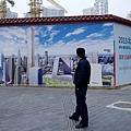 地方政府依靠土地財政賺的盆滿缽滿 ,對輿論的口誅筆伐依然我行我素,不聽話的地方政府令中共當局很惱火。(AFP/Getty Images)