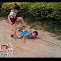 中共教化:【革命】從小做起,道德仁義沒頂;新中國人!
