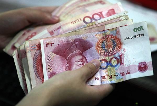 中國銀行間市場交易商正準備迎接一個坎坷不平的2014年,跡象越來越清楚,北京將容忍極度的短期流動性緊縮來遏制國內銀行的草率借貸。(大紀元資料室)