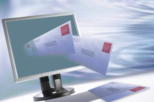 電子郵件的普及也拓展了網絡犯罪的手段,釣魚電郵就是其中一種。經常為CNET的iPhone Atlas和「怎麼辦」博客寫文章的布羅達(Rick Broida)以自己收到的郵件實例講解辨認釣魚電郵的線索。