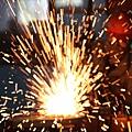 大陸鋼鐵業人士稱如今煉鋼不如賣白菜,中共國家發改委29日公佈,2013年鋼鐵行業實現利潤2588億元,遭專家批  駁,直言不可能有這麼多利潤。(AFP)