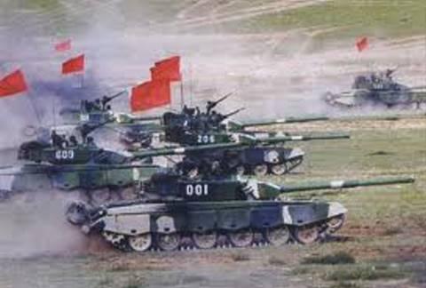 中共軍備落後美國30年