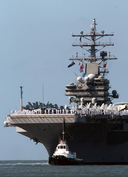 總部設在倫敦的國際戰略研究所(IISS)5日發表一年一度的全球軍事能力與防務經濟年度報告指出,中共國防開支可能會在2030年代趕上美國,但中共的軍事能力、專業知識和軍力投放能力要達到與美國的同一水平,仍需要額外的數十年時間。而中共的軍備擴張,迫使其鄰國擴大軍備支出,以因應中共競武。