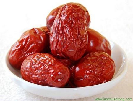 紅棗大的八粒,小的十粒(共十八粒)。