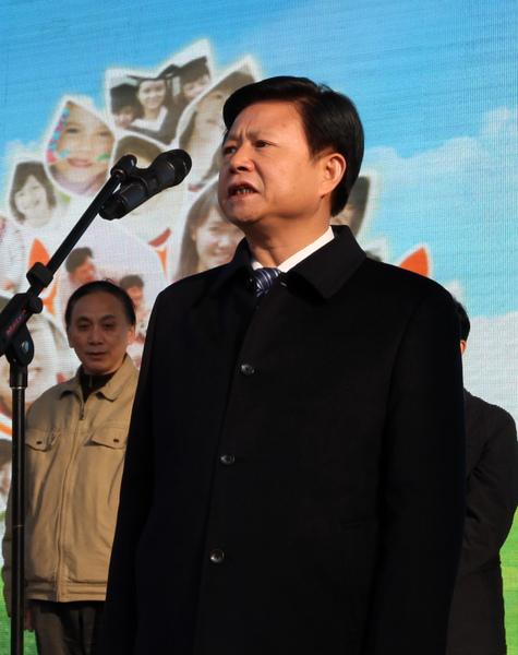 作為周永康案中最神秘的落馬高官,湖北原政法委書記吳永文在2013年1月份被押往北京調查。(大紀元資料室)