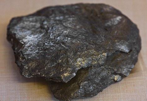 英研發超堅固材料石墨烯:硬超鑽石軟