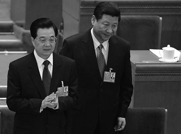 中國局勢空前緊張,危機時刻胡錦濤、習近平再度高調展示政治聯盟。(AFP/Getty Images)