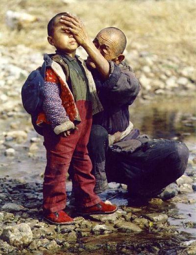 他們可能一輩子也出不了山,但是我們卻在享受他們的稅收。(網絡圖片)