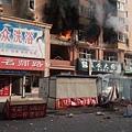3月16日晨,遼寧省葫蘆島市一棟居民樓發生爆炸並起火,導致多人受傷。(網絡圖片)