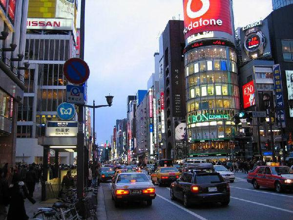 日本東京街道滿是自己出產的車。(網絡圖片)