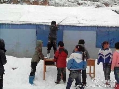 近日甘肅遭遇30年來春季最大暴雪。(網絡圖片)