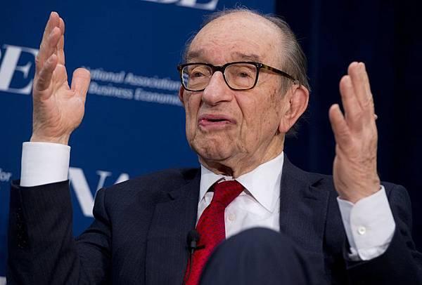 圖為前任美聯儲主席格林斯潘2014年2月24日出席一個美國經濟政策會議。(SAUL LOEB/AFP/Getty Images)