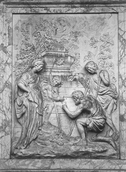 傳說巴洛克畫家尼古拉.普桑知道聖杯的所在位置,因此雕刻家在此紀念碑上了雕了一幅源於普桑《阿爾卡迪亞的牧人》的浮  雕作品,增添了紀念碑的神祕色彩。