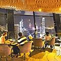 ■合和中心頂層的旋轉餐廳View62,夜景迷人。