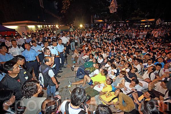 香港七一和平抗共佔中 警方武力拘捕511人