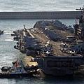 8月22日美國海軍派出卡爾‧文森美國航母戰鬥群開往亞太地區。圖為卡爾‧文森美國航母舊照。(AFP/Getty Images)