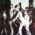 1958年的「八二三戰役」中,國民黨軍隊挫敗來犯的中共,奠定了臺澎金馬今日的安定基礎。(國防部發言人臉書)