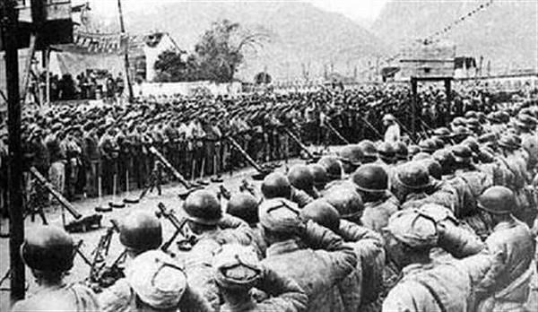 1948年,中共軍隊包圍長春,導致數十萬人活活餓死。(網路圖片)