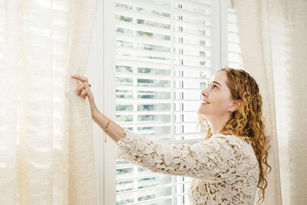 美國《國家癌症研究所雜誌》曾發表瑞典的研究論文說,陽光可以減少人類患淋巴瘤的可能性。(fotolia)