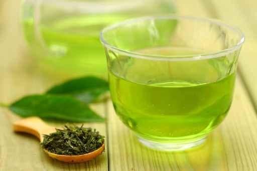 日本人曾花9年時間調查,發現每天喝4杯綠茶能將癌症風險降低40%。(fotolia)