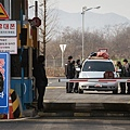 韓國政府2月10日全面中斷位於北韓西南部開城工業園區的作業,阻止平壤使用該園區的收入,為其核武器和彈道導彈開發項目提供資金。(AFP)