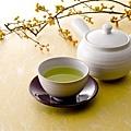 綠茶清澈明淨天地之華(Fotolia)
