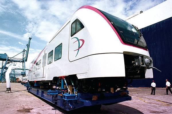 新上任的馬來西亞首相馬哈蒂爾為拯救經濟,對中共投資項目屢屢說不。特別是叫停了東岸高速鐵路工程。圖為吉隆坡鐵路。(AFP)