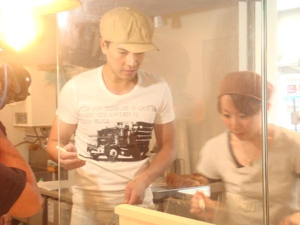 3.甜甜圈高手先試範.JPG
