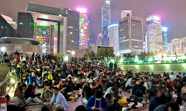 香港跨年煙火攻略阿金_港島_添馬公園_3.jpg
