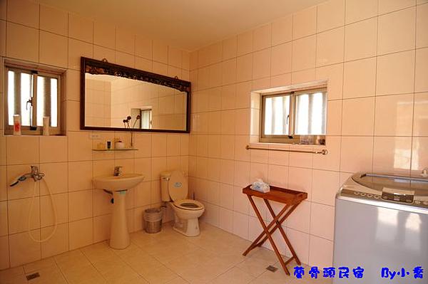 蘭骨頭-鴻福雙人房(廁所)