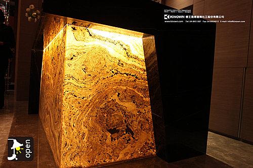 石物-透光落葉