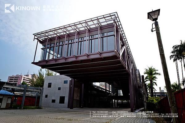 台中文創-Q30 Doric sat 玻璃磚