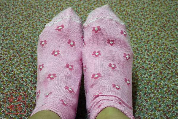 Dr.Douxi朵璽 杏仁酸足膜 套上足膜後穿襪子等1小時