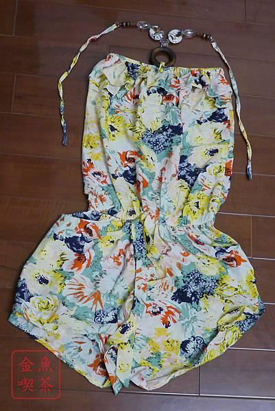 樂天 白荳芽 繽紛花樣平口綁帶滑料連身褲(綠) 整件照