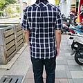Lativ 經典格紋襯衫 男(L)款 藏青格 背面