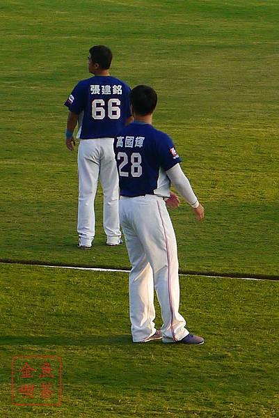 20131027犀牛獅子總冠軍 火哥+高國輝